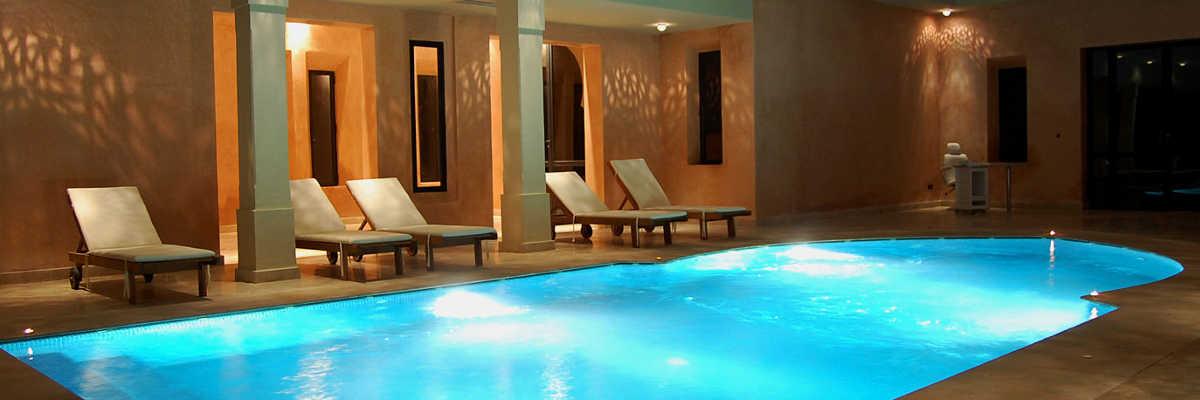 hotel h tels avec piscine. Black Bedroom Furniture Sets. Home Design Ideas