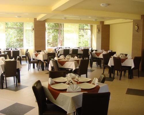 Casa anca boutique hotel brasov 5 estrellas 505600 for Five boutique hotel